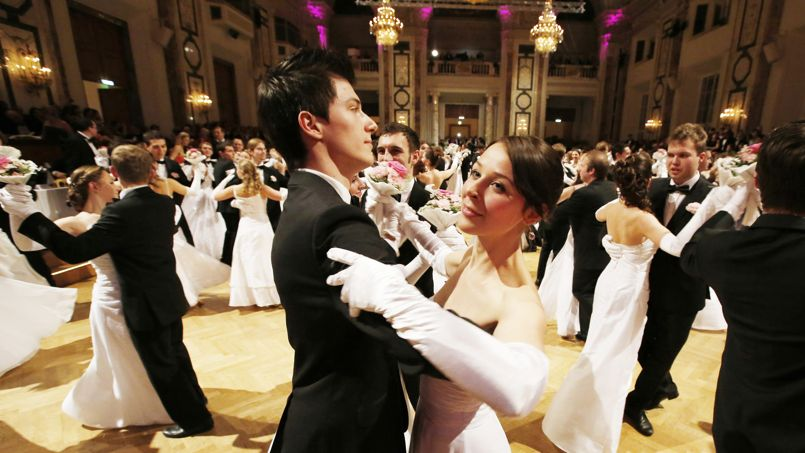 AUSTRIA-SOCIETY-DANCE-TRADITION-BAL