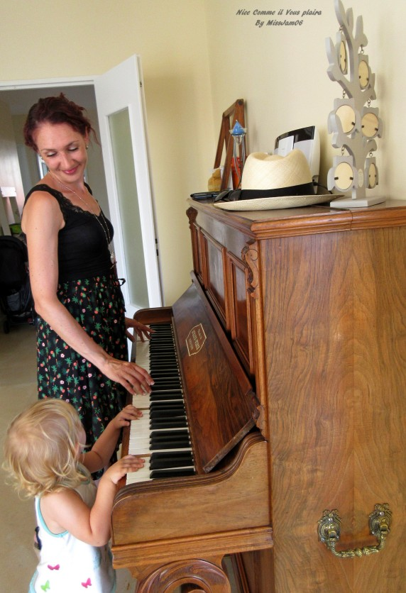 relooking_profile2_femme_enfant_artiste_weekend_piano